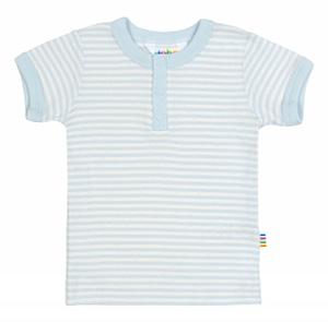 T-shirt i lyseblå oghvide striber og økologisk bomuld fra danske JOHA